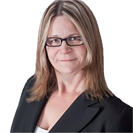 Kari Tavener Headshot